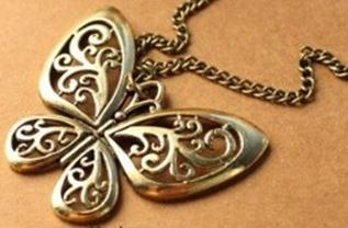 bronze-butterfly-necklace