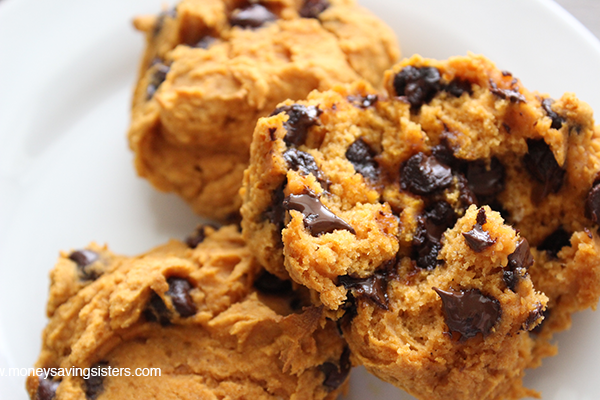 Gluten-Free Pumpkin Chocolate Chip Cookies (4 Ingredients!)