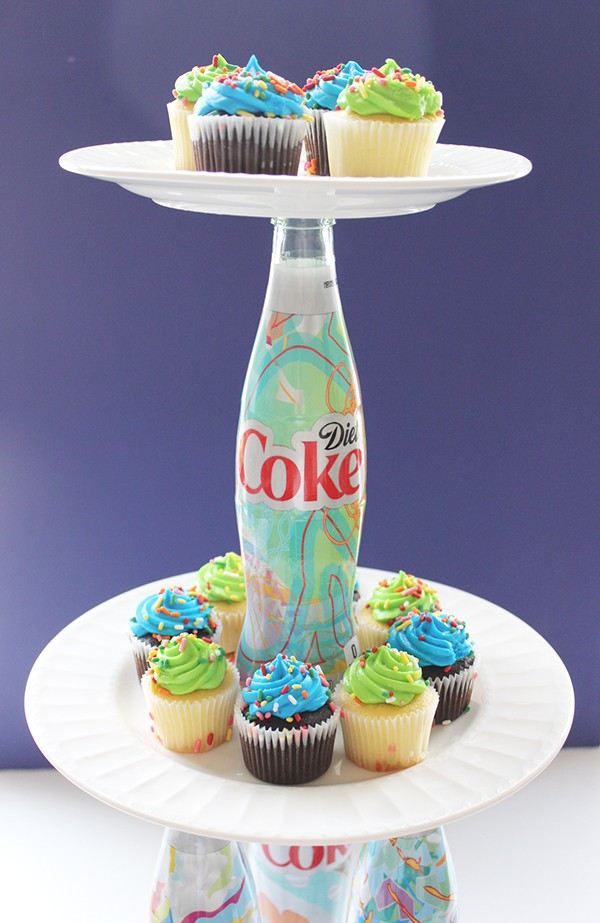 Iu0027ve got myself a cute u0026 colorful tiered cupcake holder. I used the mini- cupcakes because thatu0027s what we had on hand. However this cake plate was ... & DIY Diet Coke Bottle Two-Tiered Cupcake Stand | Money Saving Sisters