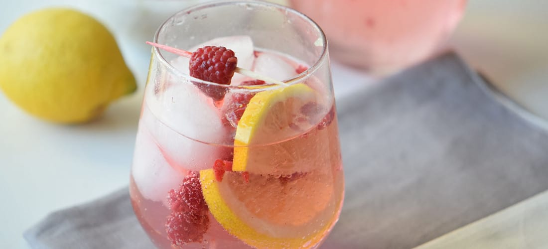 Lemon Berry Spritzer Mocktail Recipe